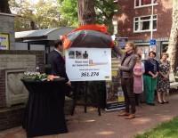 Nieuwe klinkers heropening winkelgebied Van Hoytemastraat Benoordenhout